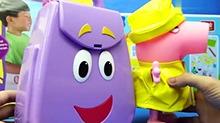 【<B>小猪</B><B>佩奇</B>玩具秀】<B>小猪</B><B>佩奇</B>帮爱冒险的朵拉整理背包