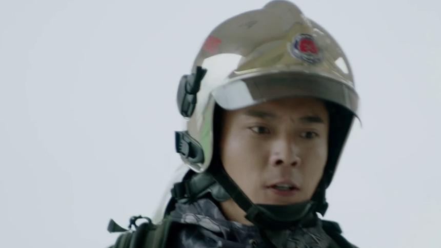 《特勤精英》第5集看点:一意孤行!林毅害战友火场晕倒